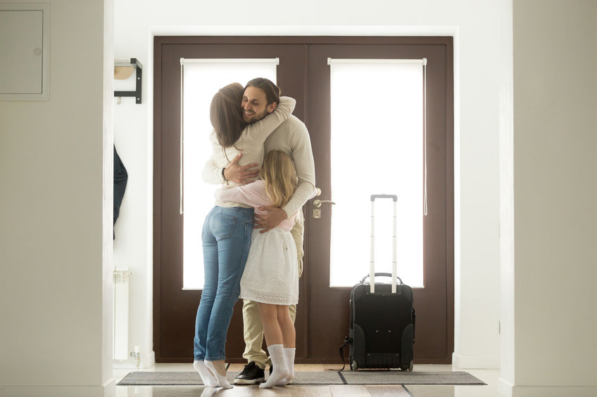 Positive Ways to Greet Your Partner When They Come Home